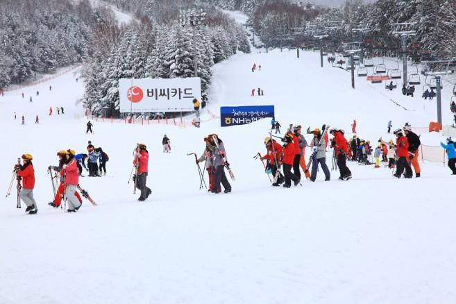 ช่วงหน้าหนาวของเกาหลีเขาหนาวจริง! มีกิจกรรมเกี่ยวกับหิมะให้เล่นมากมายเลยล่ะ!
