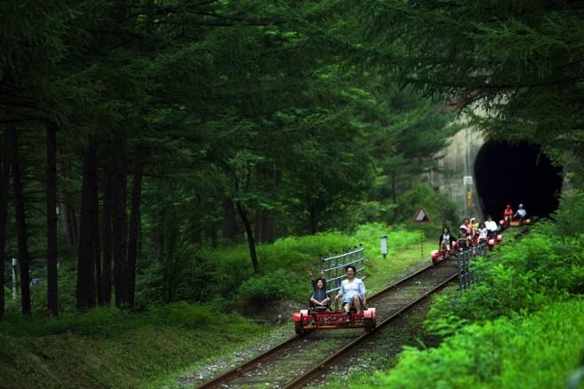 ฤดูร้อนของเกาหลีจะเขียวชอุ่มเพราะมีฝนตกมาก