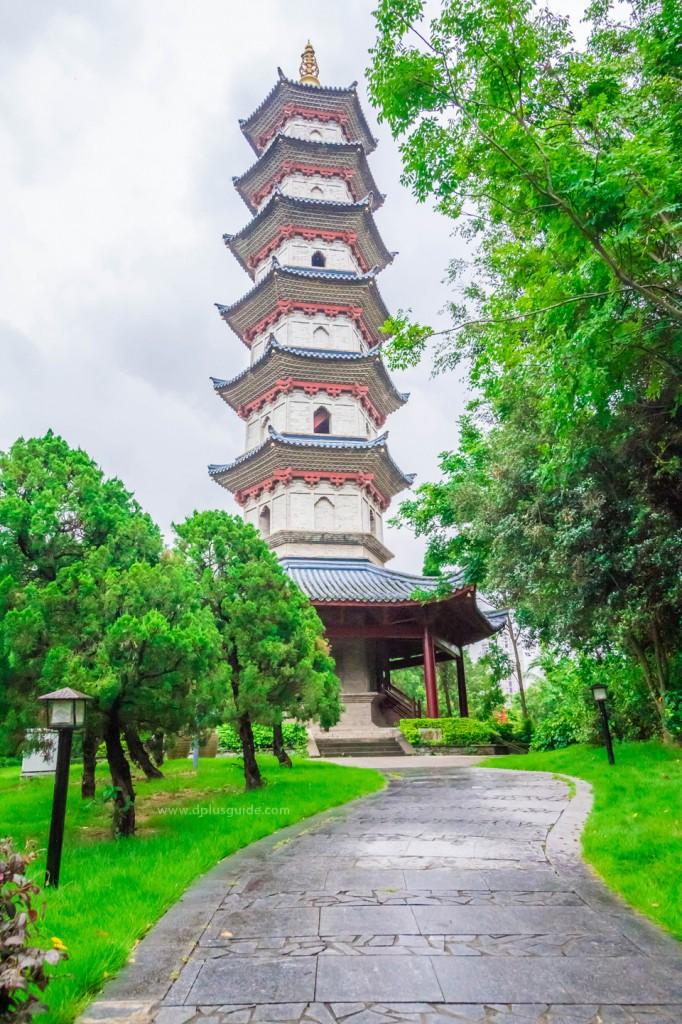 Chinese-Folk-Culture-02-682x1024