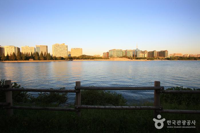 Ilsan-Lake-Park04