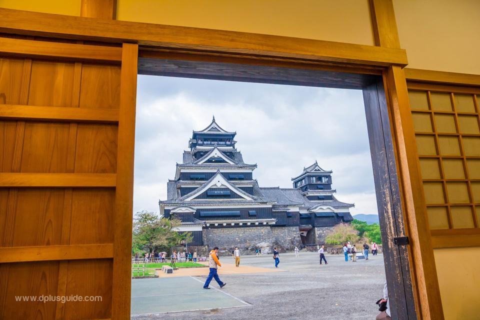 ปราสาทคุมาโมโตะ (Kumamoto Castle) ปราสาทยิ่งใหญ่แห่งเกาะคิวชู
