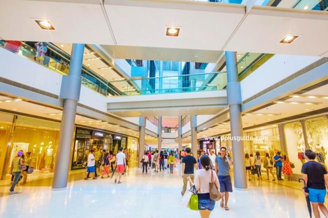 ภายใน IFC Mall แหล่งช้อปปิ้งที่ฮ่องกง