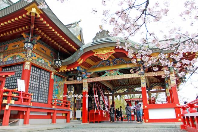 ศาลเจ้ายูโทกุ อินะริ (Yutoku Inari) เมืองซากะ (Saga) เกาะคิวชู (Kyushu)