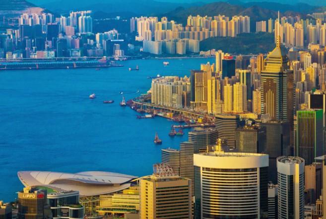 วิวจาก The Peak Tower เห็นเมืองฮ่องกงได้ทั้งเมือง ขอบอกว่าสวยสุดๆ!