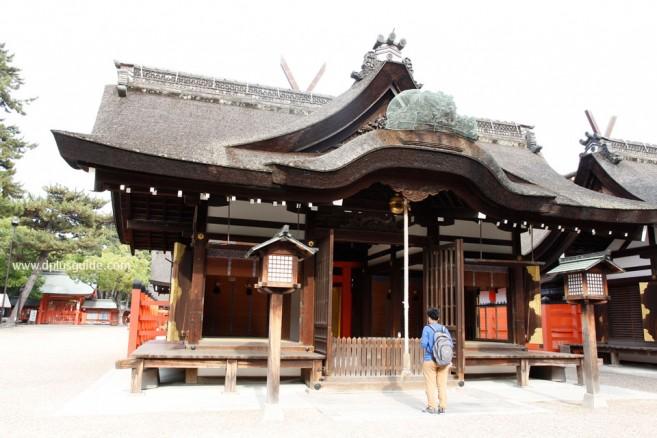 ธรรมเนียมปฏิบัติศาลเจ้าเมื่อไปเที่ยวญี่ปุ่น บริเวณหน้าศาลเจ้า