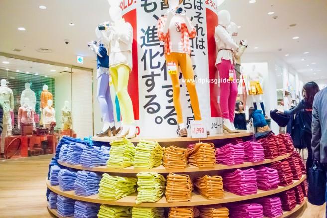 แนะนำแหล่งช้อปในโตเกียว ร้าน Uniqlo ที่เราชาวไทยคุ้นเคย อยู่ที่ห้าง BicQLO