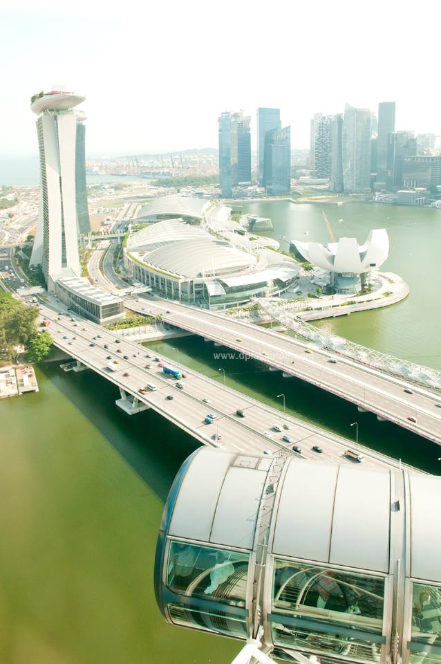 Singapore Flyer สิงคโปร์ฟลายเยอร์ นั่งชิงช้าสวรรค์ยักษ์ ชมวิวเมืองสิงคโปร์
