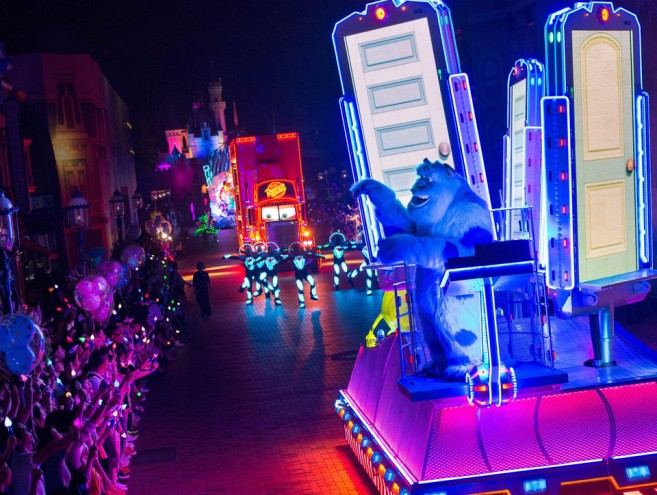 Disney-Paint-the-Night6