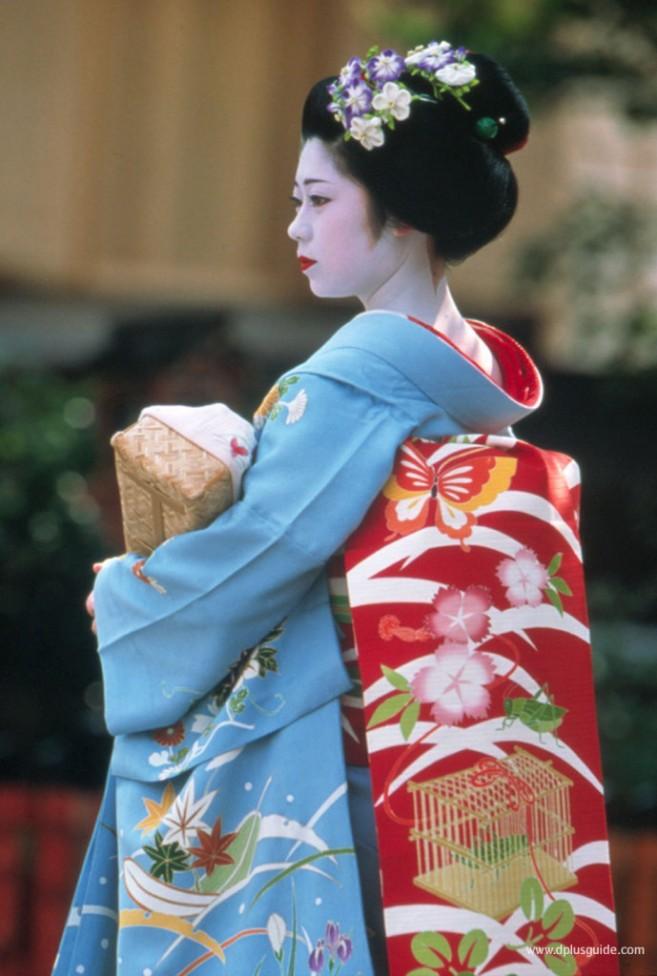 geisha_gion-689x1024