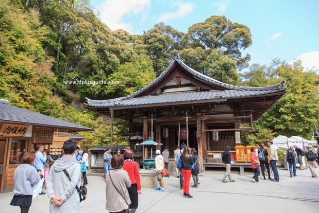 วัดคินคะคุจิ (Kinkaku-ji) หรือวัดปราสาททอง วัดโระคุอนจิ (Rokuonji) สถานที่เที่ยวเกียวโต