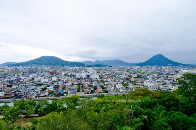 จุดชมวิวรอบๆ ปราสาทมารุงะเมะ (Marugame Castle)