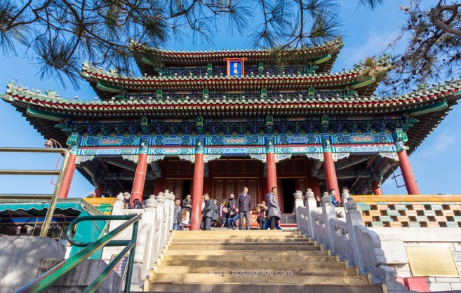 ศาลาว่านชุนถิง ด้านบนเขาของสวนจิงซาน Jingshan Park