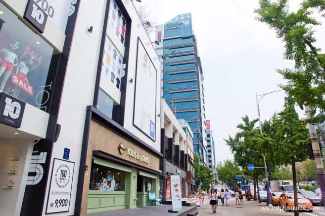กาโรซูกิล (Garosu-gil) ถนนอาร์ตสุดฮิป ที่โซล (Seoul) ประเทศเกาหลี (Korea)