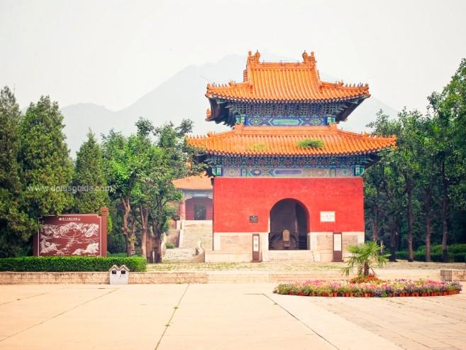 ที่เที่ยวเมืองจีน สุสานราชวงศ์หมิง (Ming Dynasty Tombs)