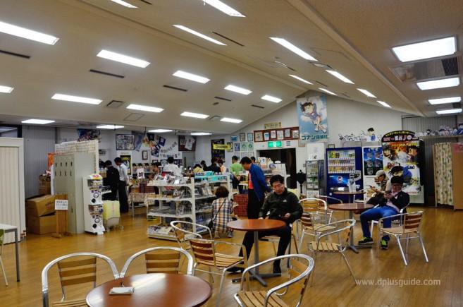 ร้านขายของที่ระลึกโคนัน เที่ยวญี่ปุ่น ตามรอยนักสืบจิ๋วโคนัน