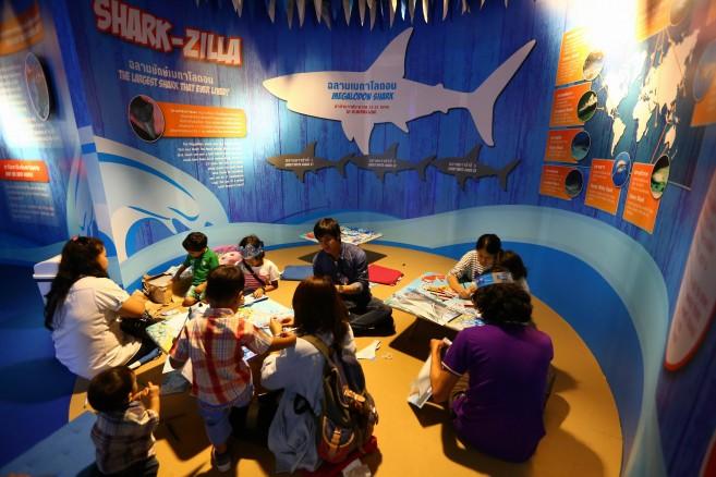 นิวนำพี่ๆสื่อมวลชนทำครีบฉลามที่ Art&Craft (10)