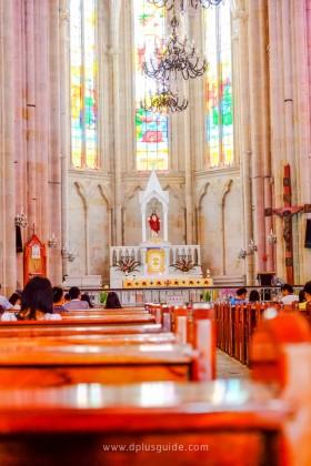 ��ส���ริส�� Sacred Heart Cathedral ������ส�����า�����ย�า� Yi de Lu (อี����อลู�)