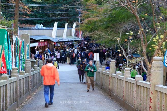 เส้นทาง Omotesando Trail มีเพื่อนร่วมทางมากมาย ไม่ต้องกลัวเหงา