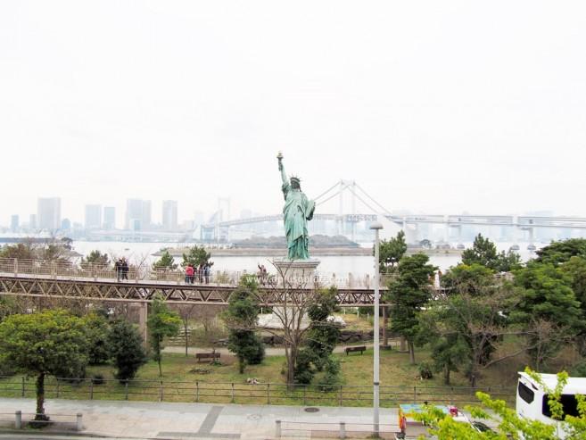 เที่ยวโตเกียว เทพีเสรีภาพ แลนด์มาร์กของการเที่ยวโอไดบะ