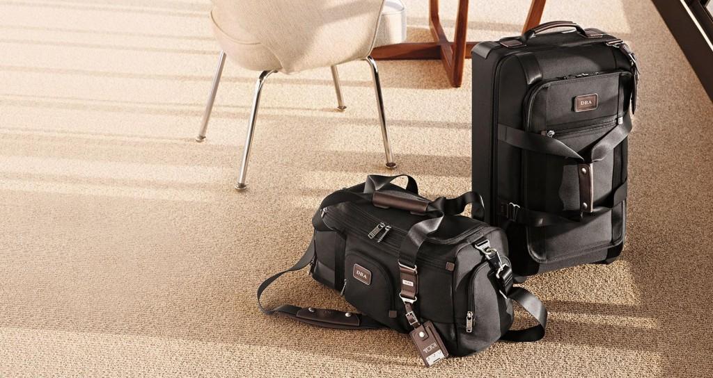 กระเป๋าที่ทำจาก Ballistic Nylon - ภาพจาก Tumi.com