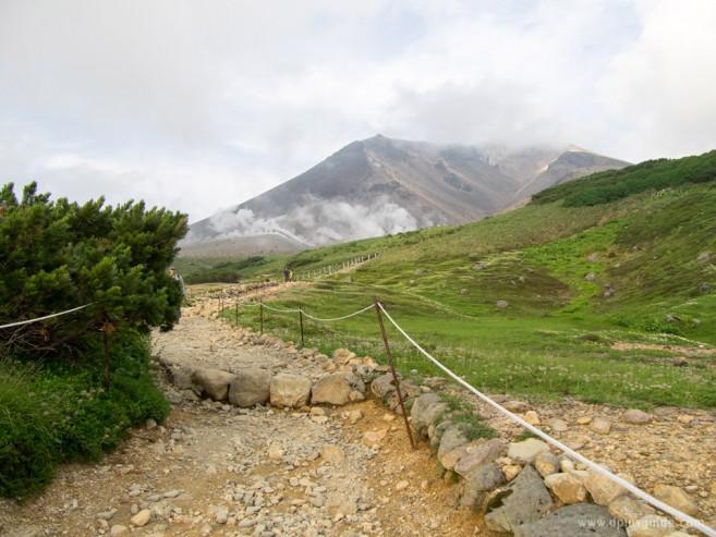 ที่ราบบนภูเขา อาซาฮิดาเกะ (Asahidake) ในอุทยานไดเซ็ตสึซัง (Daisetsuzan)