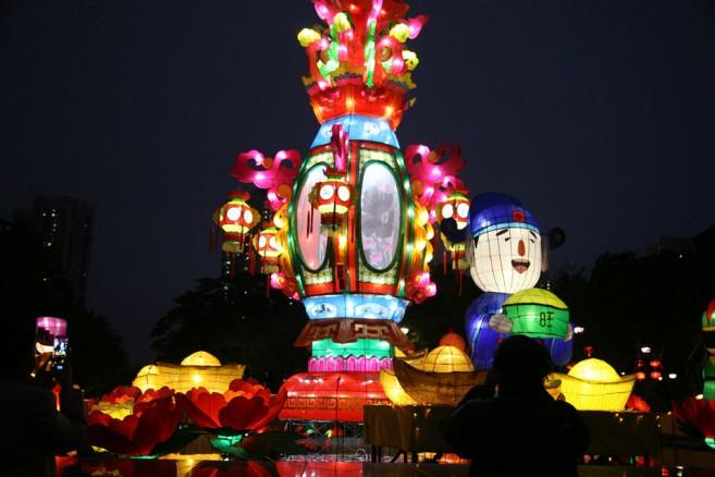 งานเทศกาลโคมไฟ ที่ฮ่องกง จะจัดขึ้นในวันที่ 15 ก.ย. 2016 นี้
