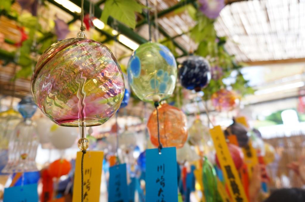 【ฤดูร้อน】ไปตามหาเสียงของหน้าร้อน ที่ตลาดกระดิ่งลม วัดคาวาซากิไดชิกัน