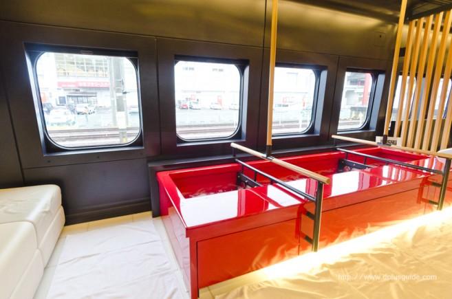 บรรยากาศรถไฟออนเซนเคลื่อนที่ ขบวน Torei-yu Tsubasa ตู้ที่ 6 สปาเท้าบนรถไฟ