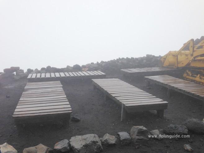 เที่ยวญี่ปุ่น พิชิตภูเขาไฟฟูจิ ที่นั่งชมวิวบนยอดฟูจิซัง Station 10