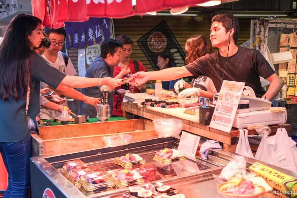 รีวิว เดินเที่ยว เดินกินที่ตลาดปลาสึกิจิ (Tsukiji) ซูชิ ซาชิมิ