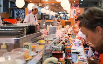 เดินเที่ยว เดินกินที่ตลาดปลาสึกิจิ (Tsukiji)