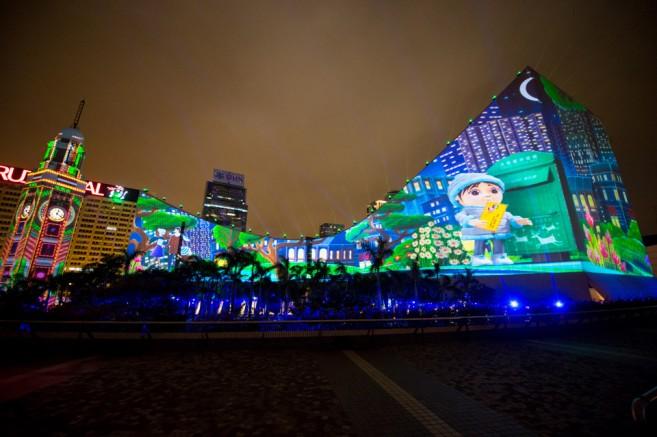 เที่ยวฮ่องกงช่วงปีใหม่ โชว์แสงสีเสียงสามมิติ Hong Kong Pulse 3D Light Show (ฮ่องกง พัลซ์ ทรีดี ไลท์ โชว์)