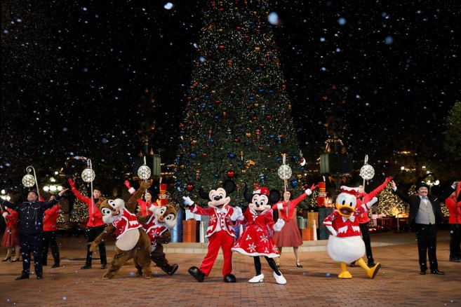 Hong Kong Disneyland (ฮ่องกงดิสนีย์แลนด์) ปีใหม่ 2017 ขบวนพาเหรด Disney Sparkling Christmas