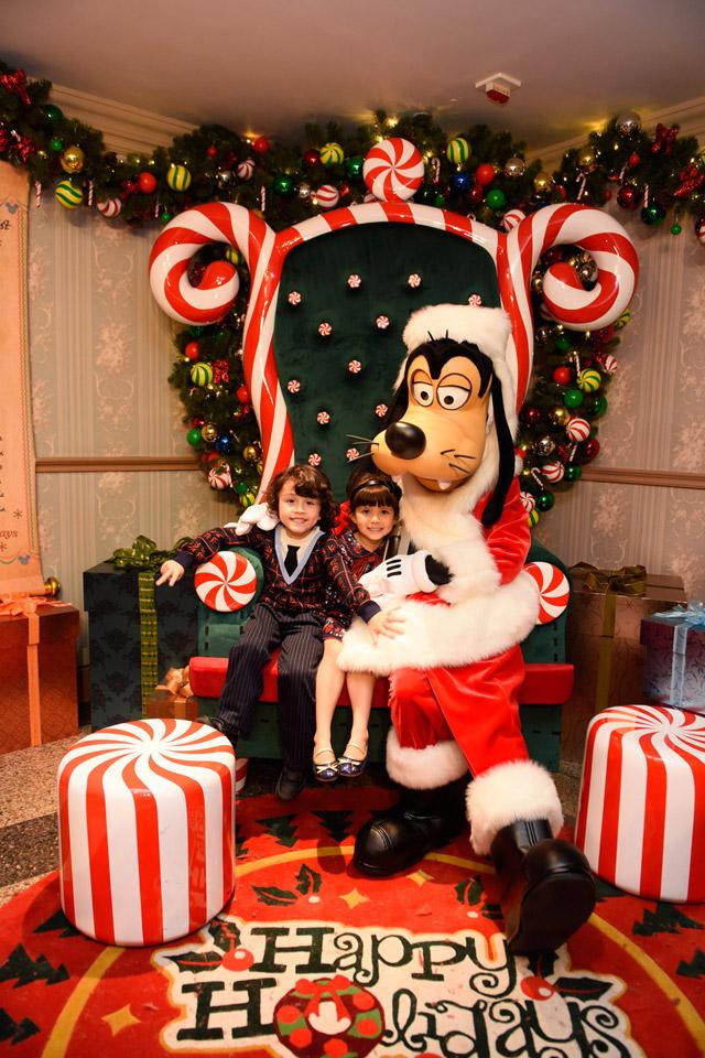 เที่ยวฮ่องกง Hong Kong Disneyland (ฮ่องกงดิสนีย์แลนด์) ปีใหม่ 2017 ขบวนพาเหรด Disney Sparkling Christmas
