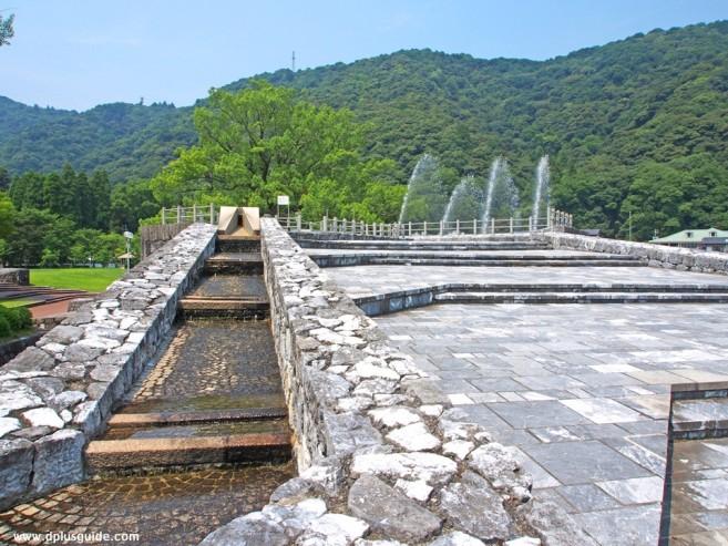 เที่ยวญี่ปุ่น ภูมิภาคจูโงะกุชมรูปปั้นท่านไดเมียว ที่สวน Kikko