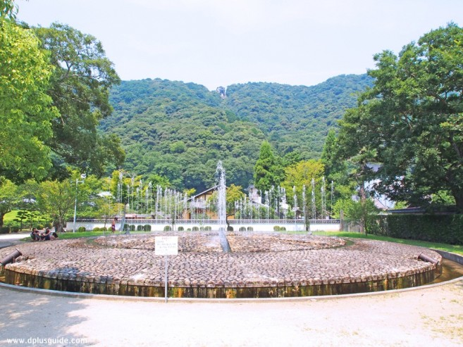 เที่ยวญี่ปุ่น ภูมิภาคจูโงะกุ ชมรูปปั้นท่านไดเมียว ที่สวน Kikko