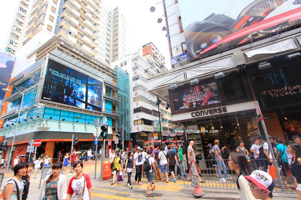 ช้อปปิ้งเสื้อผ้า รองเท้า อุปกรณ์กีฬาแบร์นดัง ที่ Fa Yuen Street South ฮ่องกง