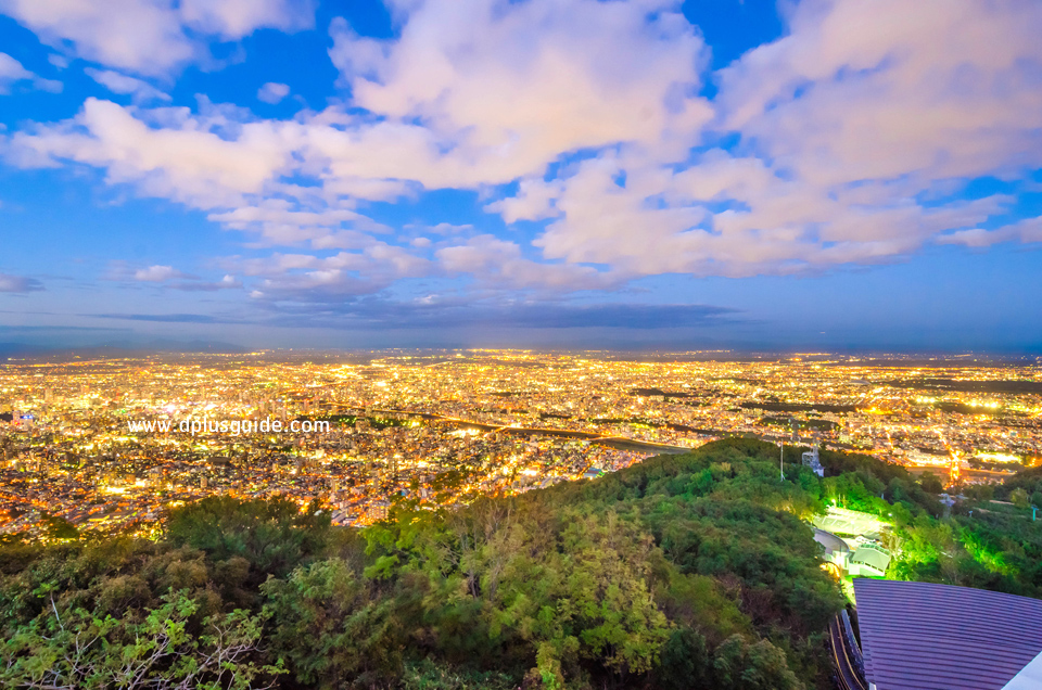 รถกระเช้าขึ้นเขาโมอิวะ (Mt. Moiwa Ropeway) 1 ในสามวิวที่สวยที่สุดในฮอกไกโด จุดท่องเที่ยวฮอกไกโดที่ไม่ควรพลาด ใกล้เมืองซัปโปโร
