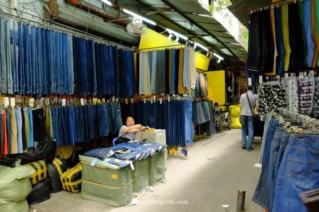เที่ยวจีน ช้อปสินค้าส่ง ที่กวางโจว ซอย Guyi ในย่าน Shisanhang (สือซันหัง)