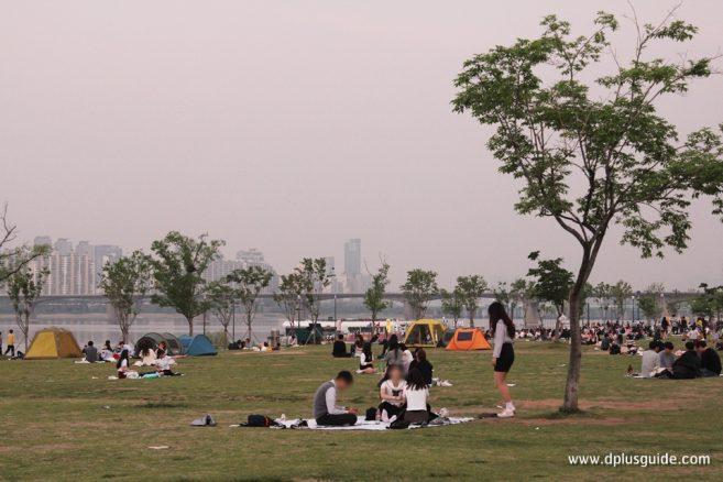 Yeouido World River Market
