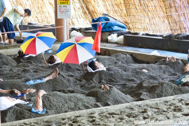 ออนเซนอบทรายร้อนที่เดียวในญี่ปุ่น