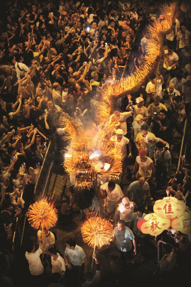 ประเพณีเชิดมังกรไฟไท่ ฮาง รวมอีเวนต์เที่ยวฮ่องกง เดือนตุลา...ก็น่าไป