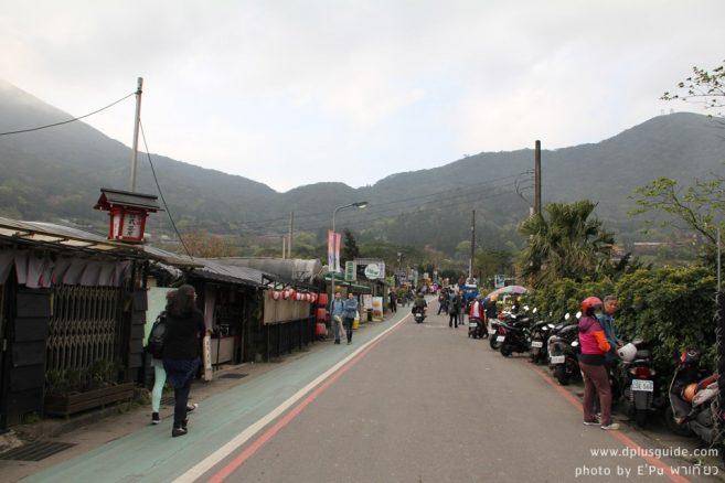 """ทางเดินไปงานเทศกาลดอกคาล่าลิลลี่ """"Zhuzihu Calla Lily Festival"""""""