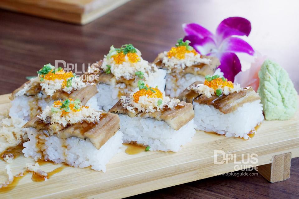 เมนู ชุดข้าวปั้นซูชิปลาไหลอานาโก