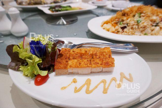 หมูกรอบมิราเคิล เมนู Recommend ห้องอาหารจีนดราก้อนDRAGON Luxury Chinese Cuisine