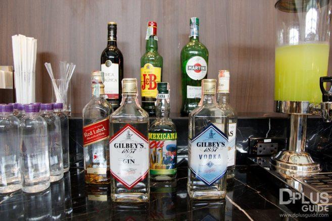 เครื่องดื่มแอลกอฮอล์ ที่มีให้บริการใน MIRACLE LOUNGE มิราเคิล เลานจ์